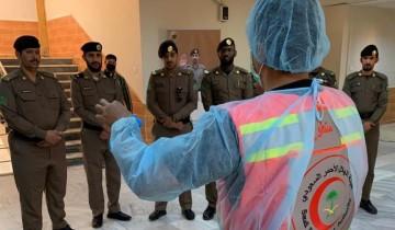 هيئة الهلال الأحمر تنفذ مبادرات توعوية للحد من كورونا في تبوك