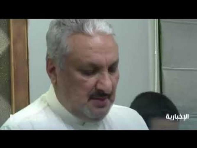 فيديو | مواطن حول أحد غرف منزله إلى مصلى